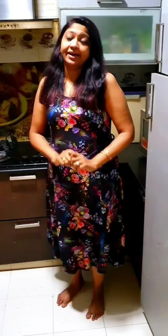 yaarellam enna Mari? 😜🤣 #woman  #nagaichuvainaiyandi #tamilstatus #tamilwhatsappstatus #tamilcomedy #roposostar #ownconcept #roposotamil #haha-tv