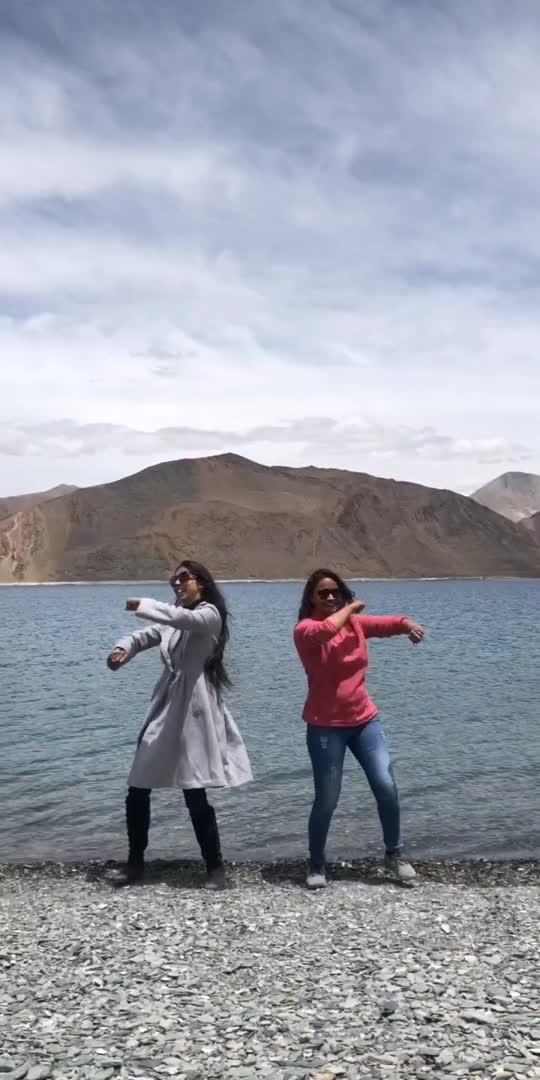 #stayinalive #beegees #pangonglake #lehladakh #grooving #quickdance #dancevideo #dancerslife #happyfeet #mountainview #duetdance #dancationbyaakriti #aakritisharma