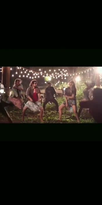 #roposostar  #songoftheday  #ichatavahanamuluniluparaadu  #moviesong #roposo-beats