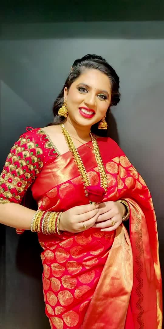 #ganeshchaturthi #ganesha2021 #roposostar #roposostarschannels #roposo-beats #roposolove #roposo-style #roposobeauty #fashionblogger #makeup #makeover #makeovermagic