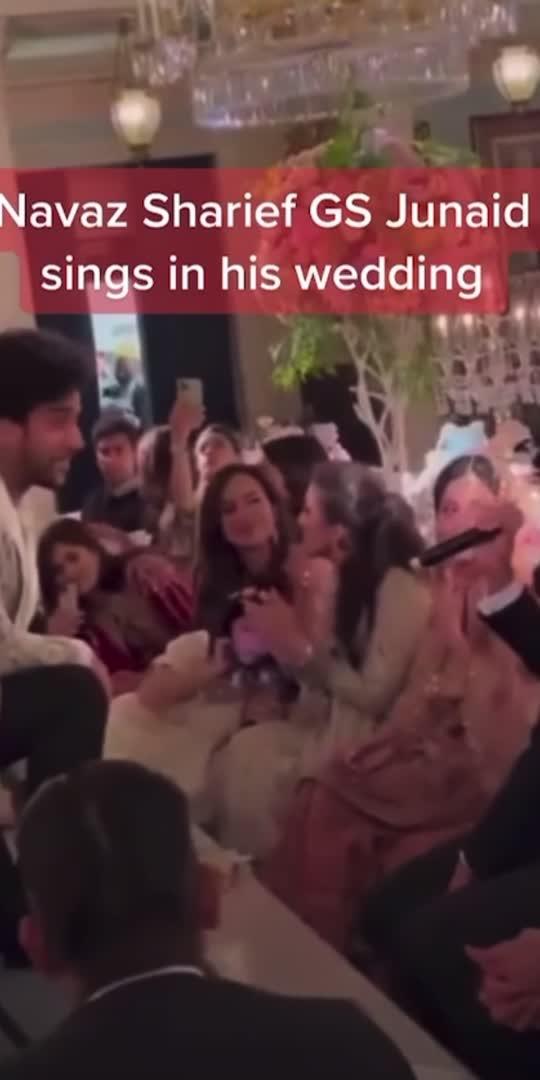 Nawaz Sharief grandson Junaid sings in his wedding #junaidsafdar #nawazsherif #fyp #fypシ #foryourpage #foryou #tiktokdubai #qrockers #viral #trending