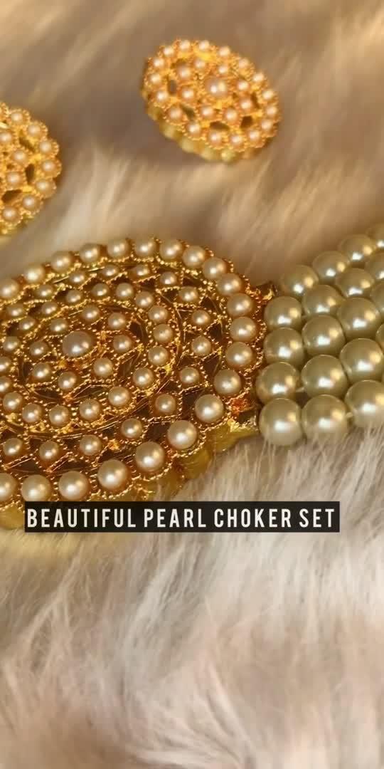 My favourite pearl choker