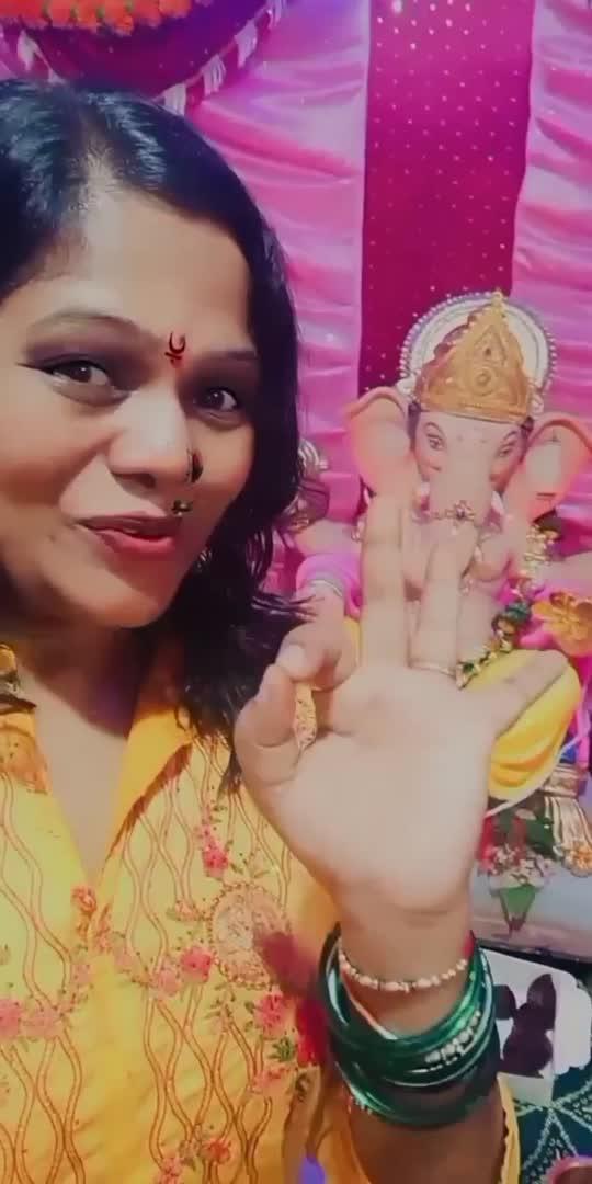 #bappamorya #happyganeshchaturthi #lordganesha #ganpatibappamorya #bappamoryacontest #roposocontest #swapnanu #devotionalsongs